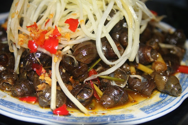 Top 5 market for delicious food in Danang 4