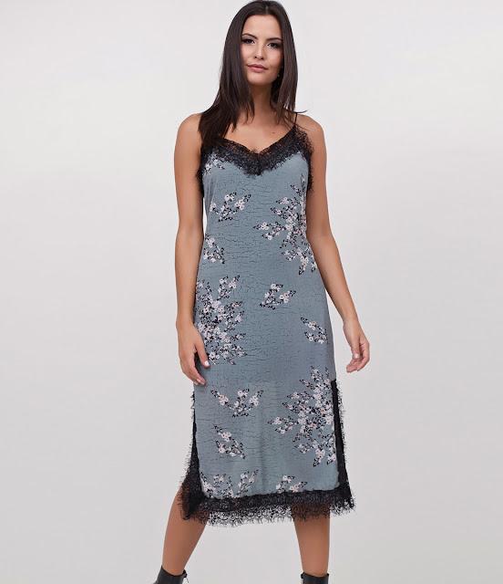 Moda Vestido em Crepe Floral com Renda