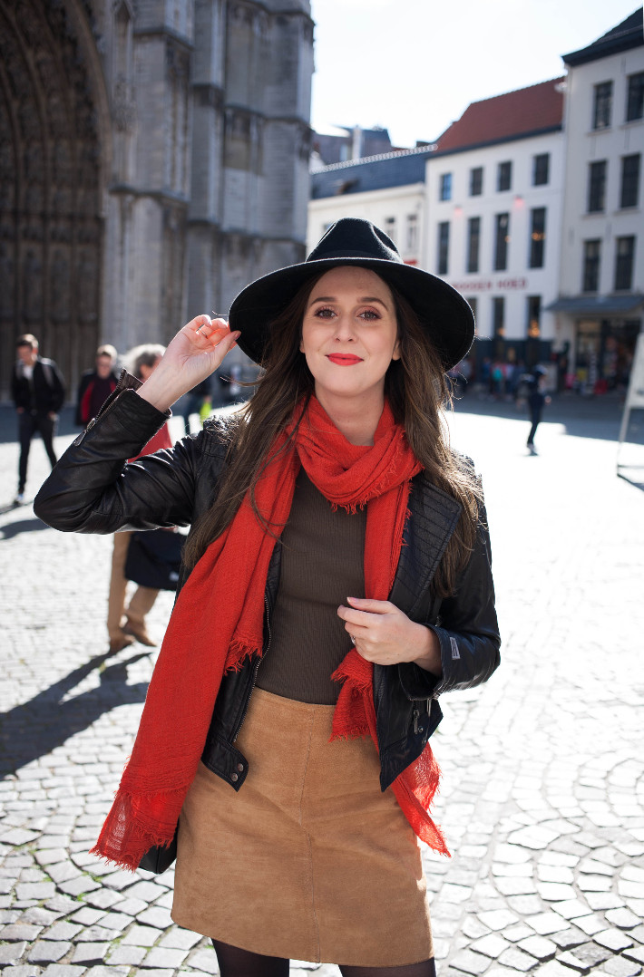 Outfit: wide brim hat, vintage suede skirt