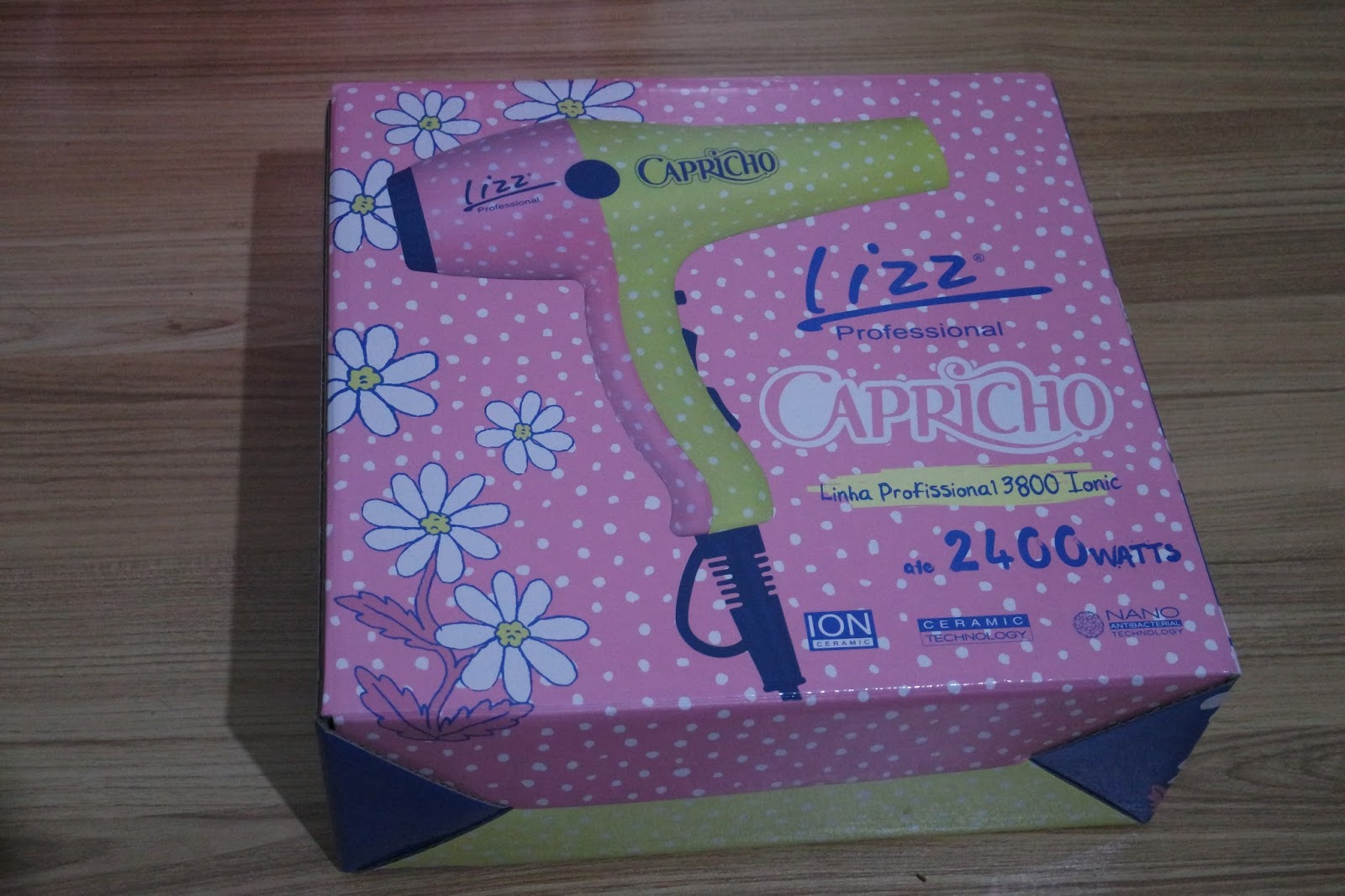 Lizz Professional apresenta o novo secador Linha 3800 Ionic em parceria com  a Capricho! 6a4d4fa8eacc