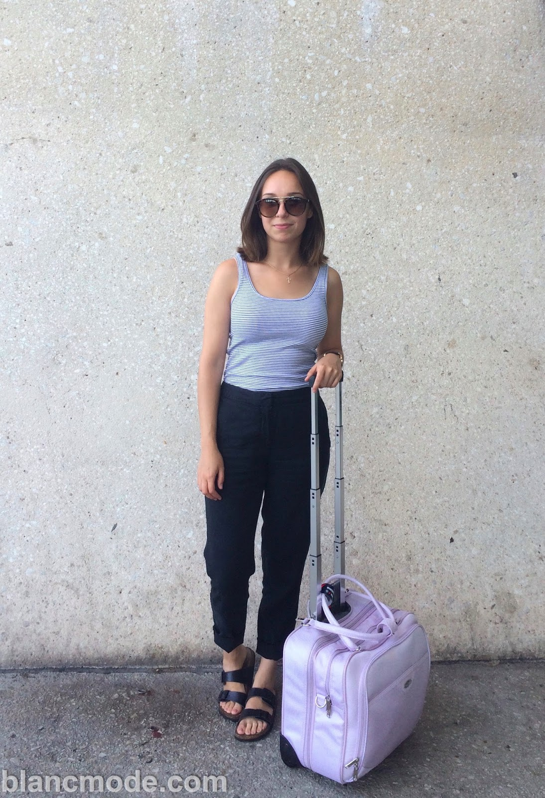 airport outfit for traveling to armenia