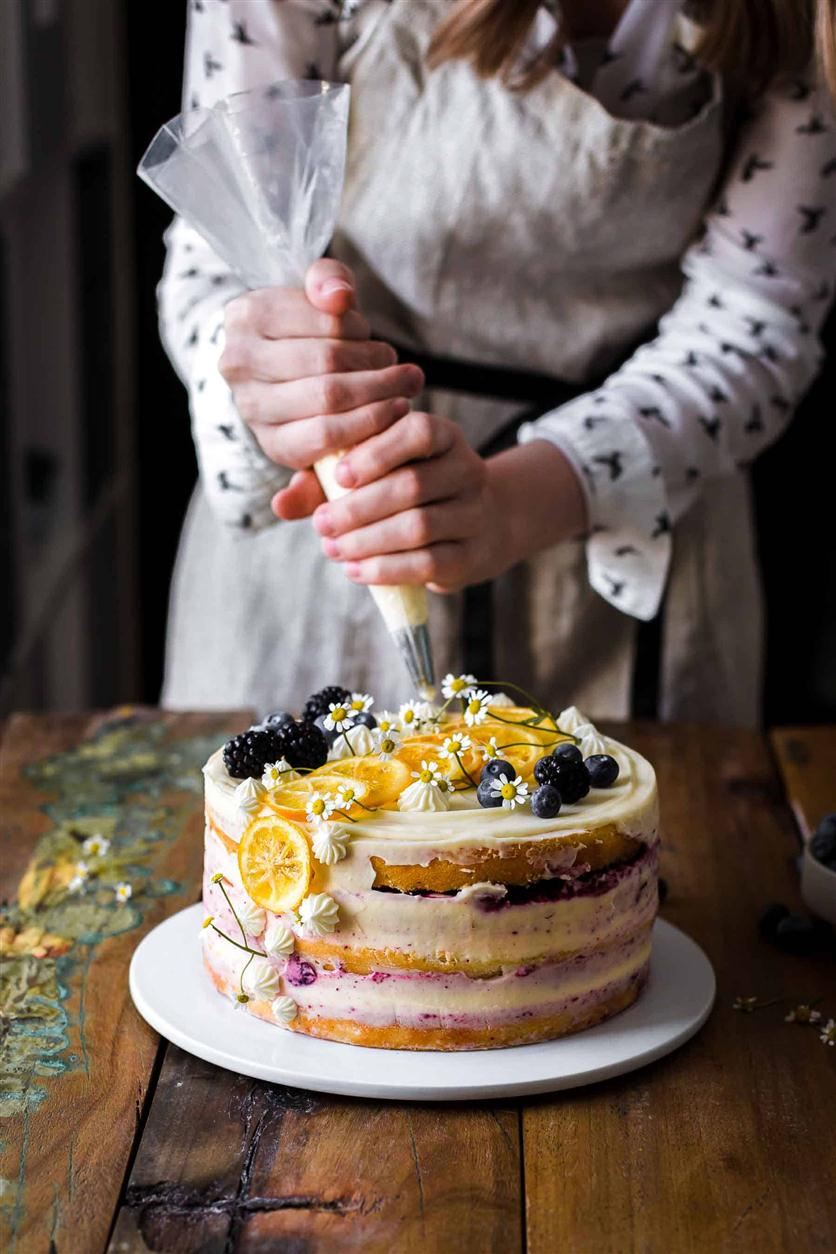 LEMON BLUEBERRY CAKE #Lemon #Blueberry #Cakes #Dessert #Squishy