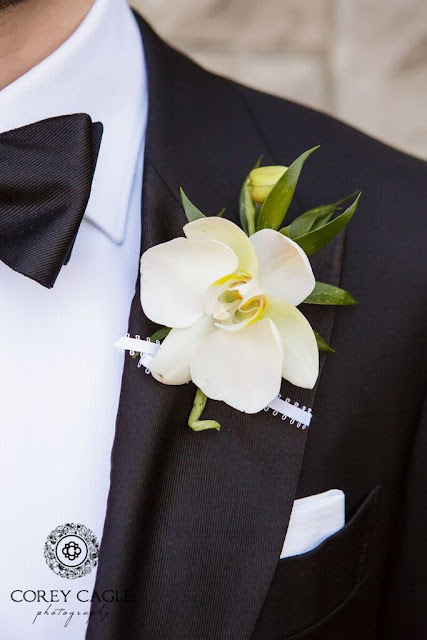 Flower Gallery Boutonniere | Corey Cagle Photography