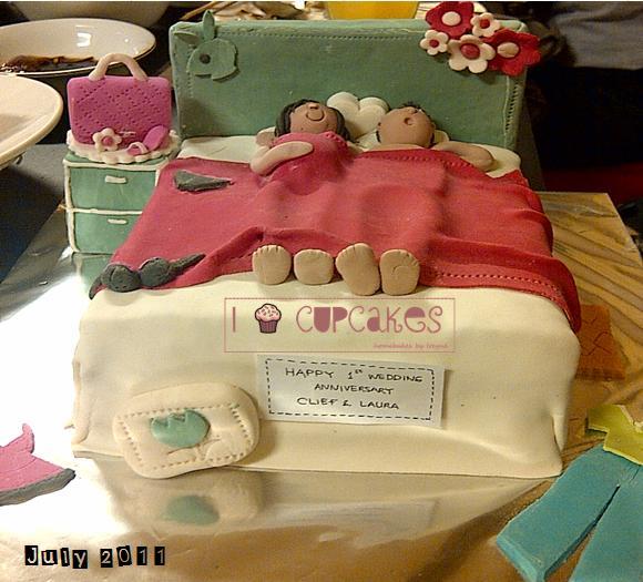 I Love Cupcakes Naughty cake for anniversary