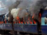 Indian Railway Accident, indian railways pnr, Indian Railways train status, irctc, Rail Ticket Booking App