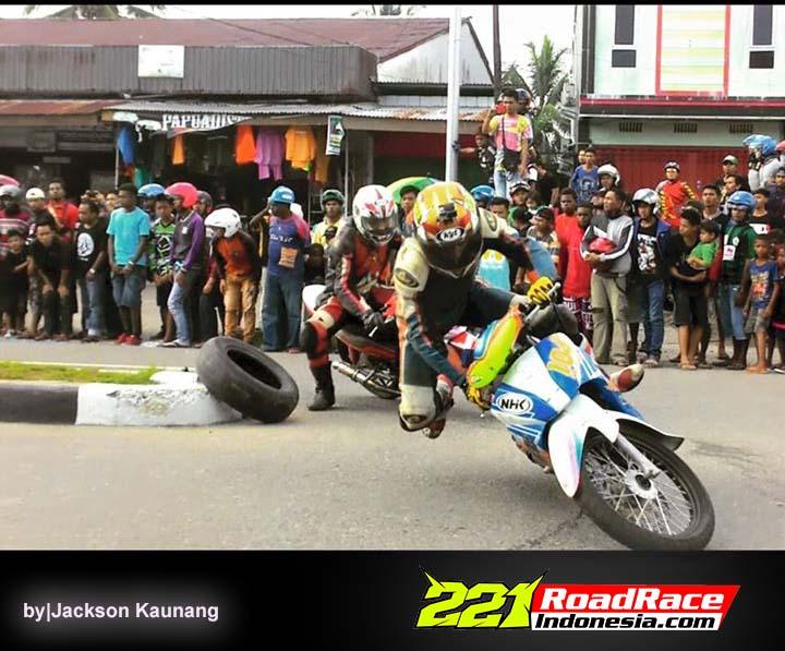 Pagar Mengerikan di Road Race Papua