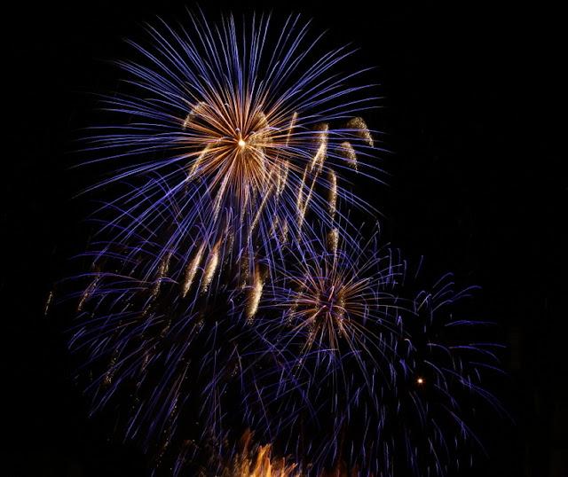 pokaz fajerwerków w Edynburgu