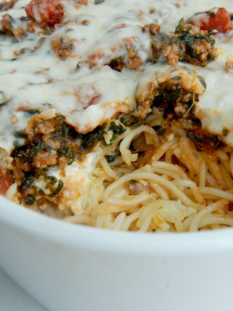 Baked Florentine Spaghetti...a hearty, comforting family dish!  And a great way to sneak in some veggies! (sweetandsavoryfood.com)