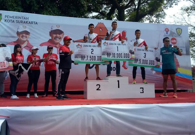 Atlit Lari Yonif Mekanis Raider 411 Kostrad Juara 2 Solo Open 10 K