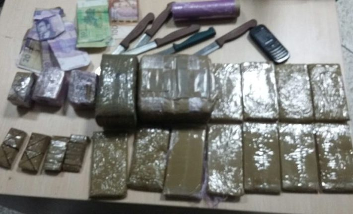 الجهوية 24 - البيضاء:حملة مداهمة تسقط تجار المخدرات والقرقوبي