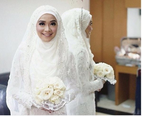 gaun pengantin putih muslimah