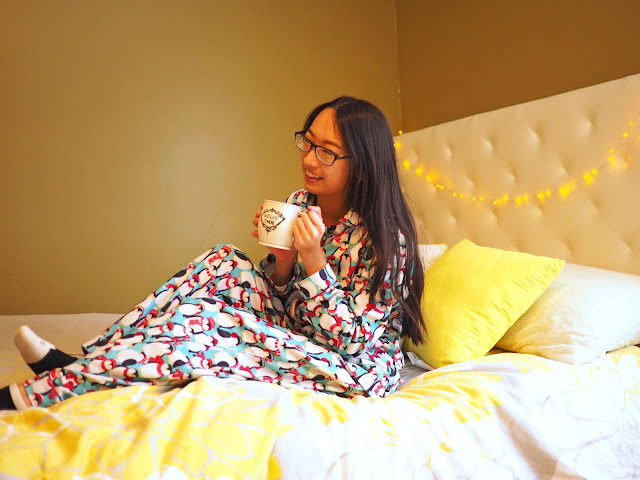 Mug, Bed, Pajamas