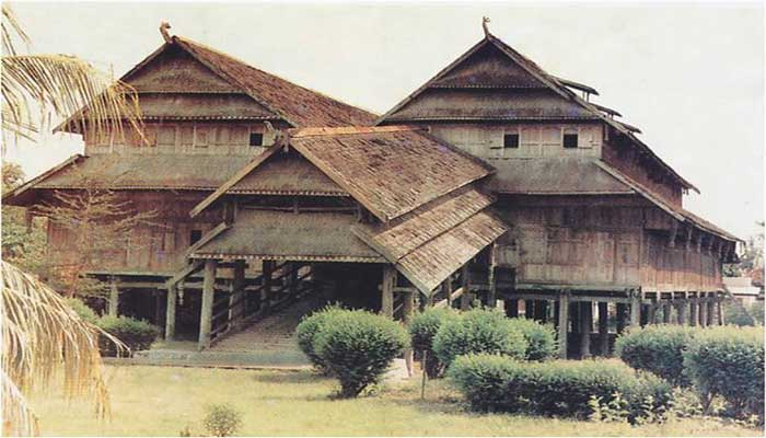 10 istana kerajaan terindah di indonesia mahessa update