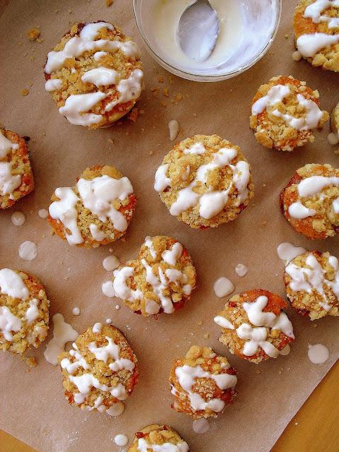 Muffinki z dżemem i kruszonką / Strawberry Jam Crumb Muffins