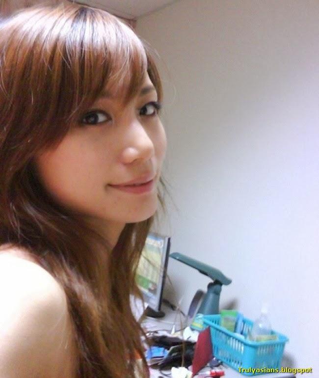 Taiwanese Girl Leaked Sex Photo (43 Pics)