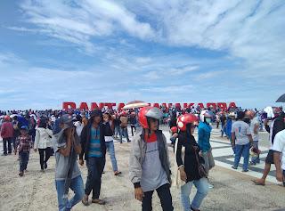 Kesuksesan kampanye Akbar SDK kalma anjungan pantai manakarra Mamuju 22 Februari 2017