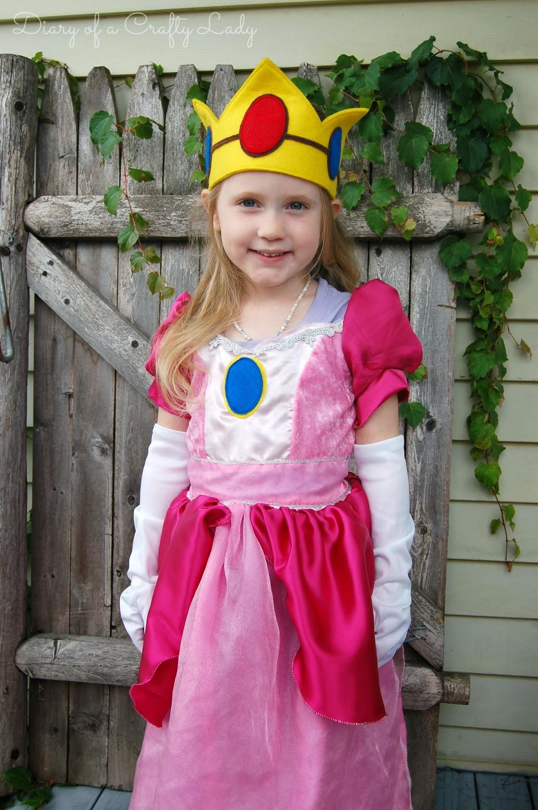Diary of a Crafty Lady: Meet Mario and Princess Peach! {2013 ...