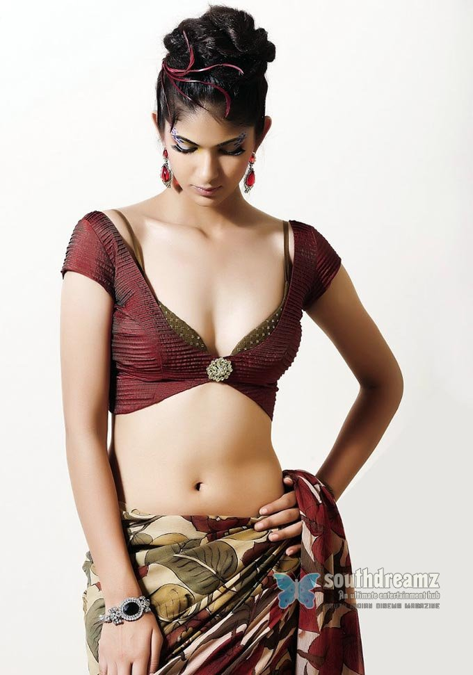 Super Sexy And Hot Indian Models Back Show Photo -8279