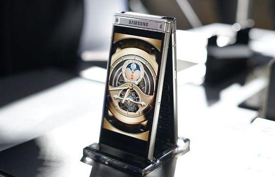 Samsung Galaxy W2019 akan hadir dengan dua layar 4,2 inci,dan baterai 3000mAh
