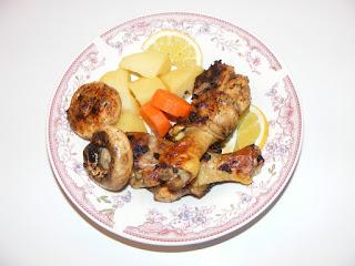 retete mancare friptura de pui cu legume si ciuperci la grill,