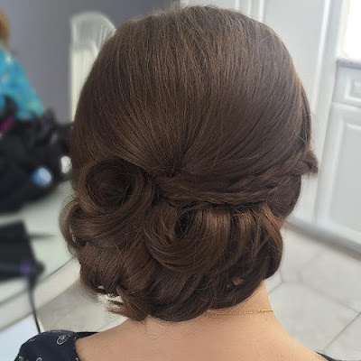 peinados recogidos con bucles