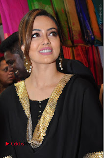 Bollywood Actress Sana Khan Launches Aakrithi Exibition  0115.JPG