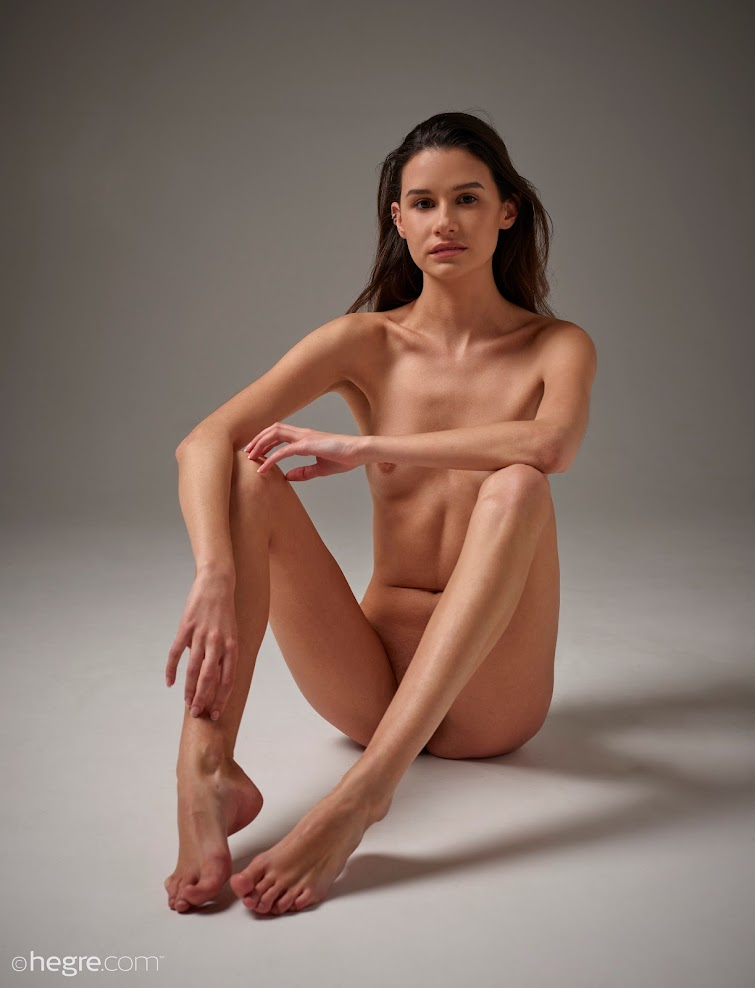 qmg6usmwdhxz title2:Hegre Cristin Nude Shoot title2hegre 07230