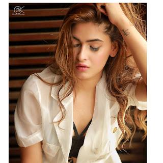 Karishma Sharma in  (6).jpg