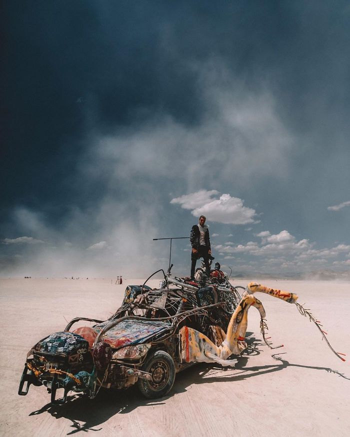 30 Incredible Pictures Of Burning Man 2019 That Prove It's The Craziest Festival On Earth