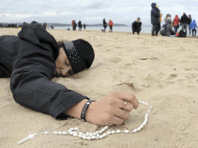 Polish-prayers-640x480.png