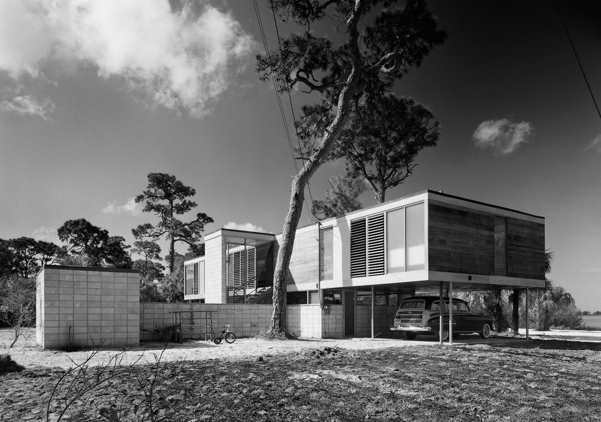 Hidden architecture leavengood residence for Architecture 1960