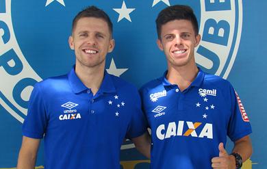 Toque Di Letra  Irmão do lateral Ezequiel de saída do Cruzeiro 93f4b7042cf62