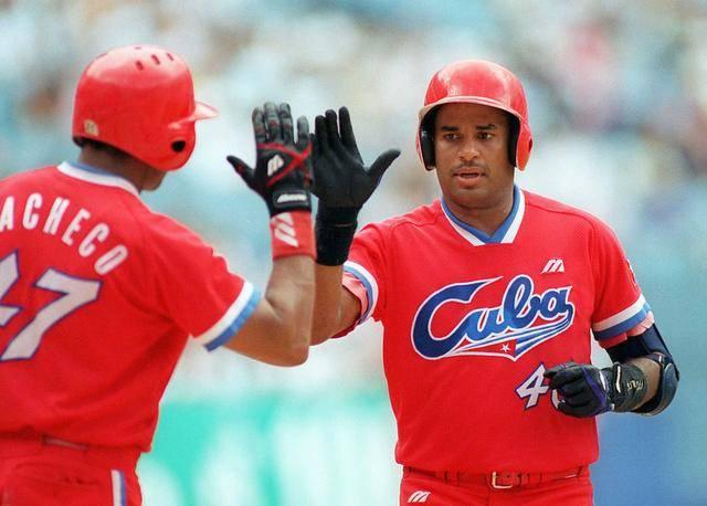 Orestes Kindelán y Antonio Pacheco duo de titanes de la pelota cubana