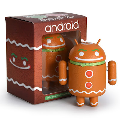 Ginger Gene Holiday Android Vinyl Figure by Andrew Bell