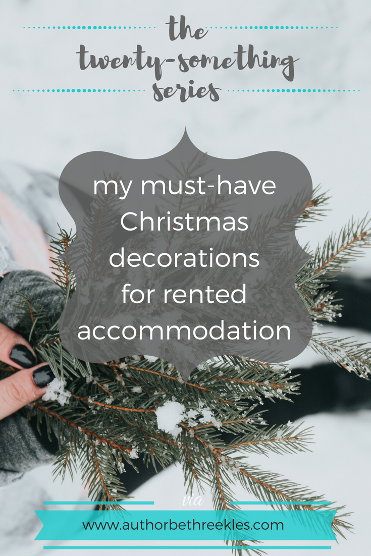 I LOVE decorating for Christmas, but it's so much more difficult to do in (small) rented accommodation! Here are a few of my must-haves for the festive season.