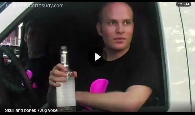 CLIC PARA VER VIDEO Skull & Bones (Sub. Esp.) - PELICULA GAY - EEUU - 2007