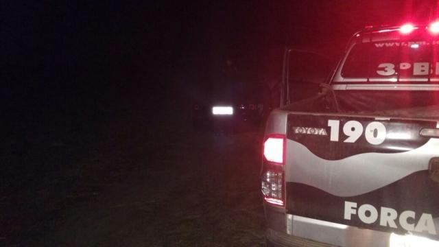 Polícia localiza veículo roubado em canavial na zona rural de Areia Branca