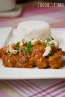 (Orzechowe curry z kurczakiem