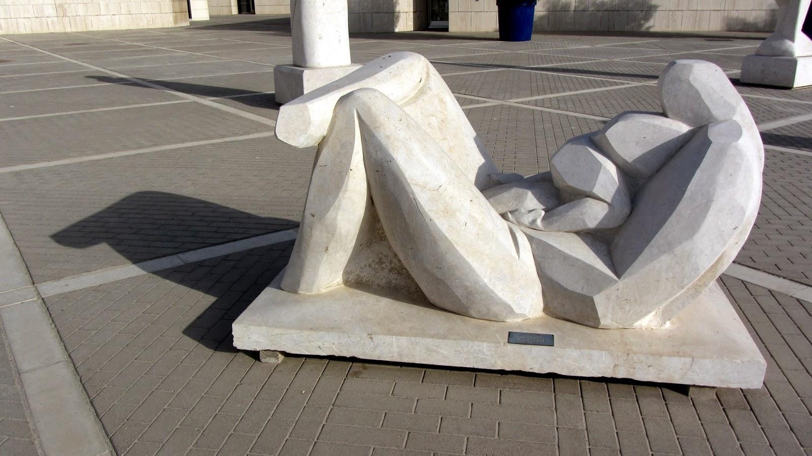 statue Bahrain National Museum Pop Culture Middle East blog