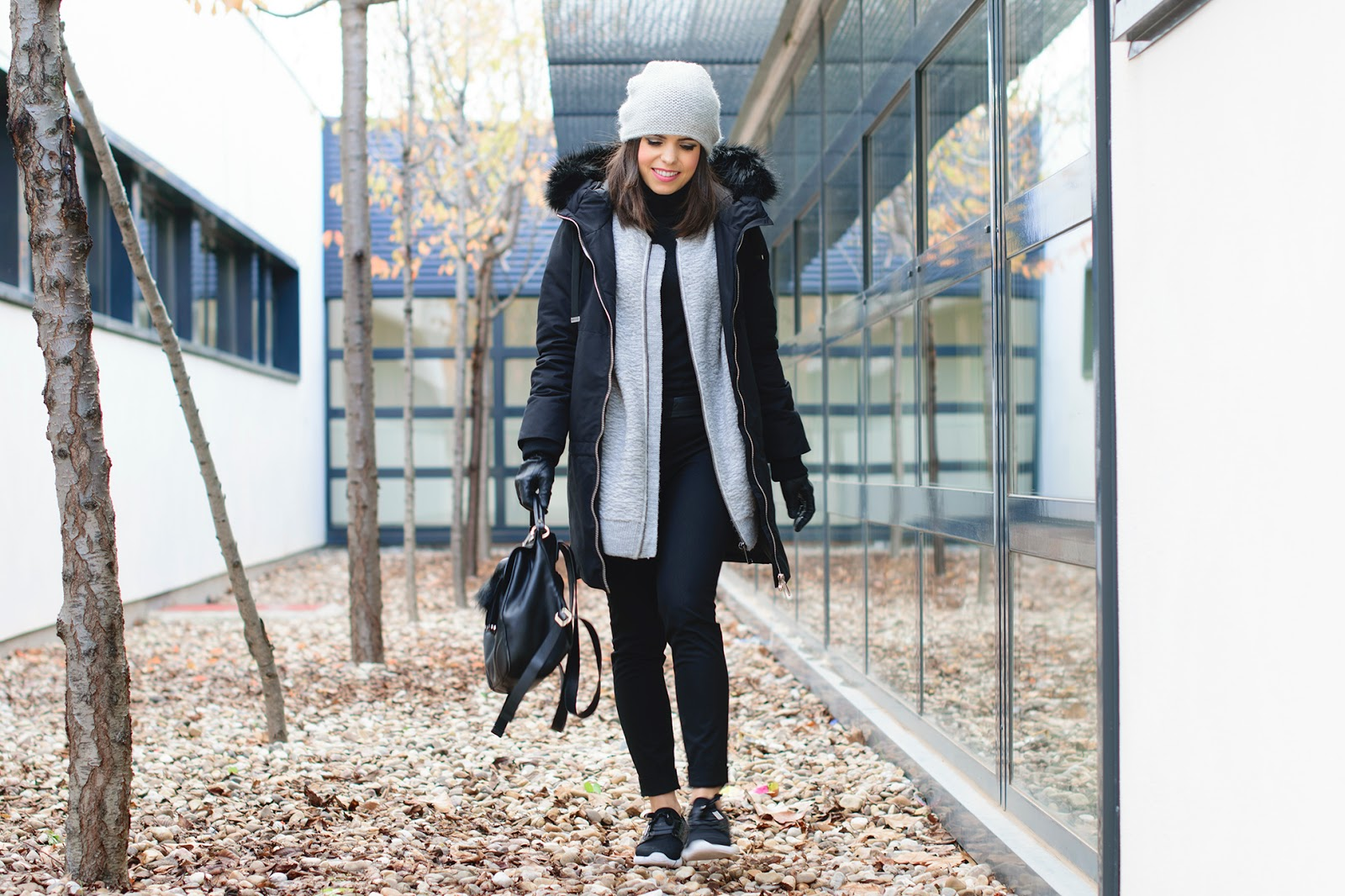 Sporty look layering de Zara