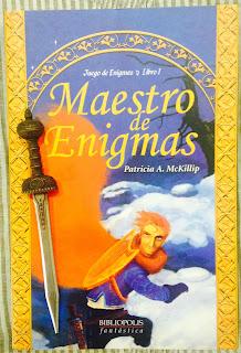 Portada del libro Maestro de enigmas, de Patricia A. McKillip