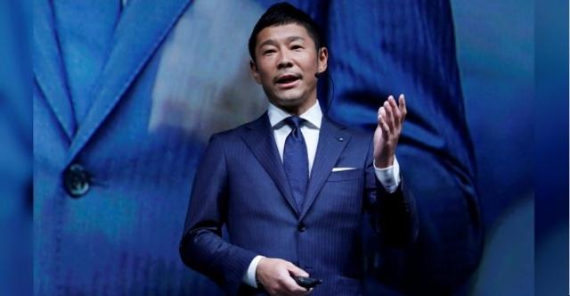 El millonario japonés, Yusaku Maezawa, director ejecutivo de la empresa de ropa Zozo