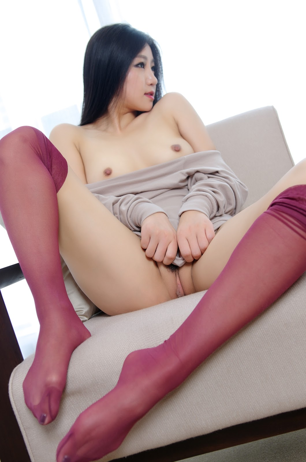 ChzF5NuZxQY - Cute nude asian model show sexy pussy 2020