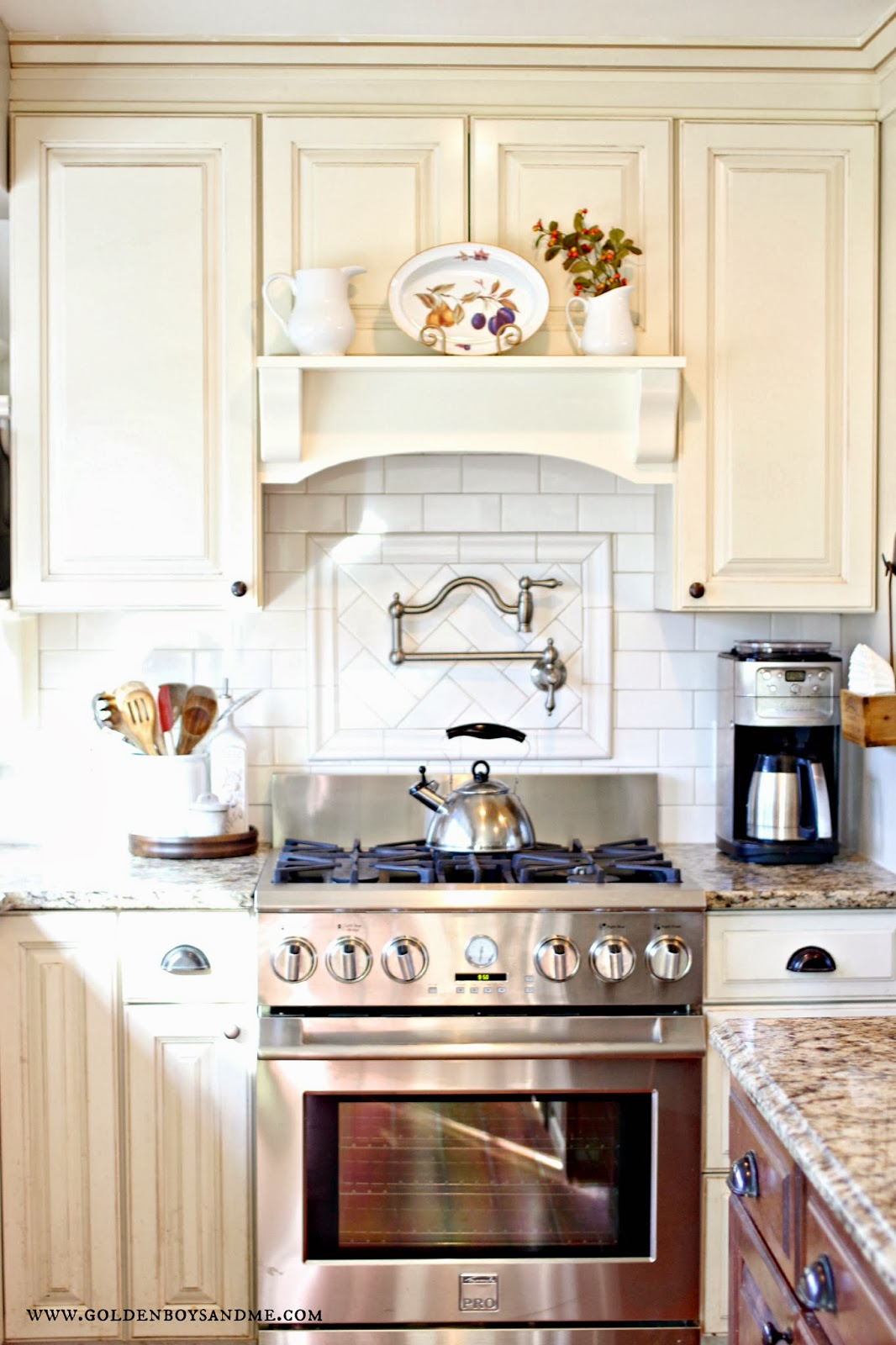 Golden Boys And Me: Our {Latest} Kitchen Makeover Reveal
