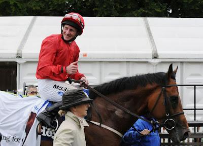 David Armstrong Horse Racing