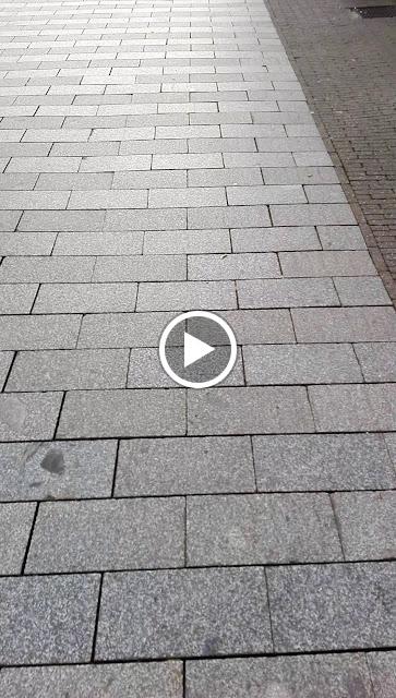Filmpje van straatmuzikant die ik in Den Bosch tegenkwam.