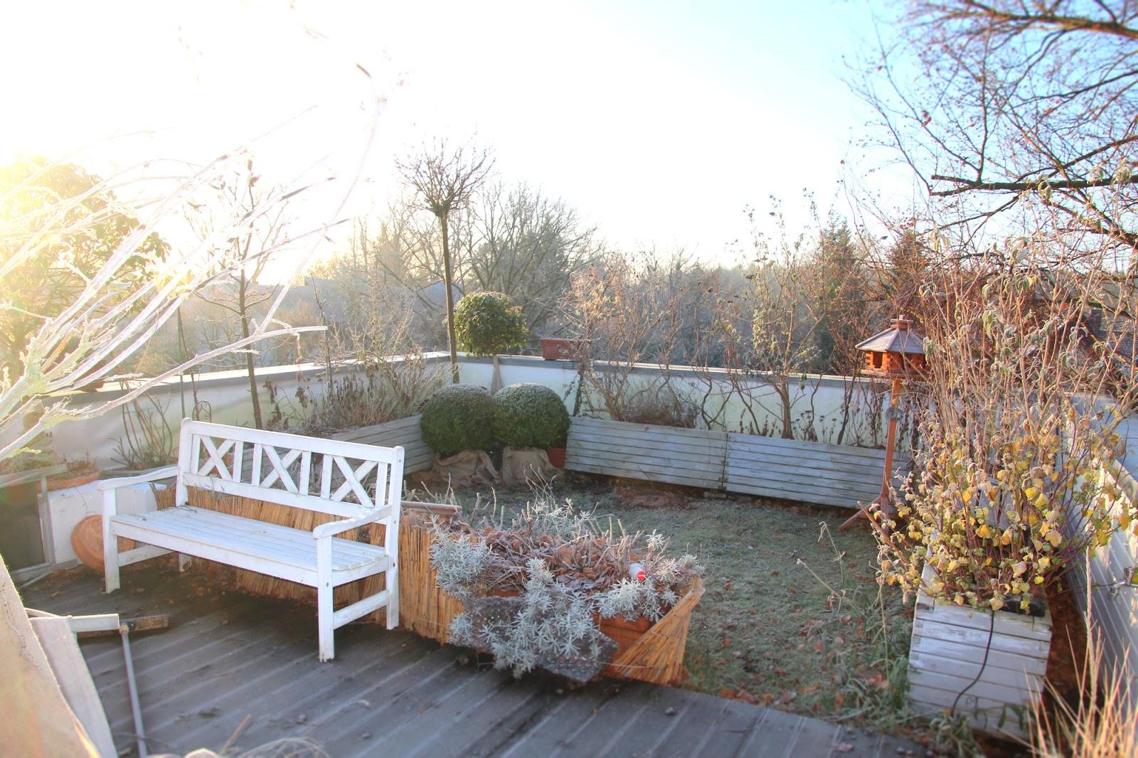 ein cottage garten auf dem dach winterschlaf. Black Bedroom Furniture Sets. Home Design Ideas