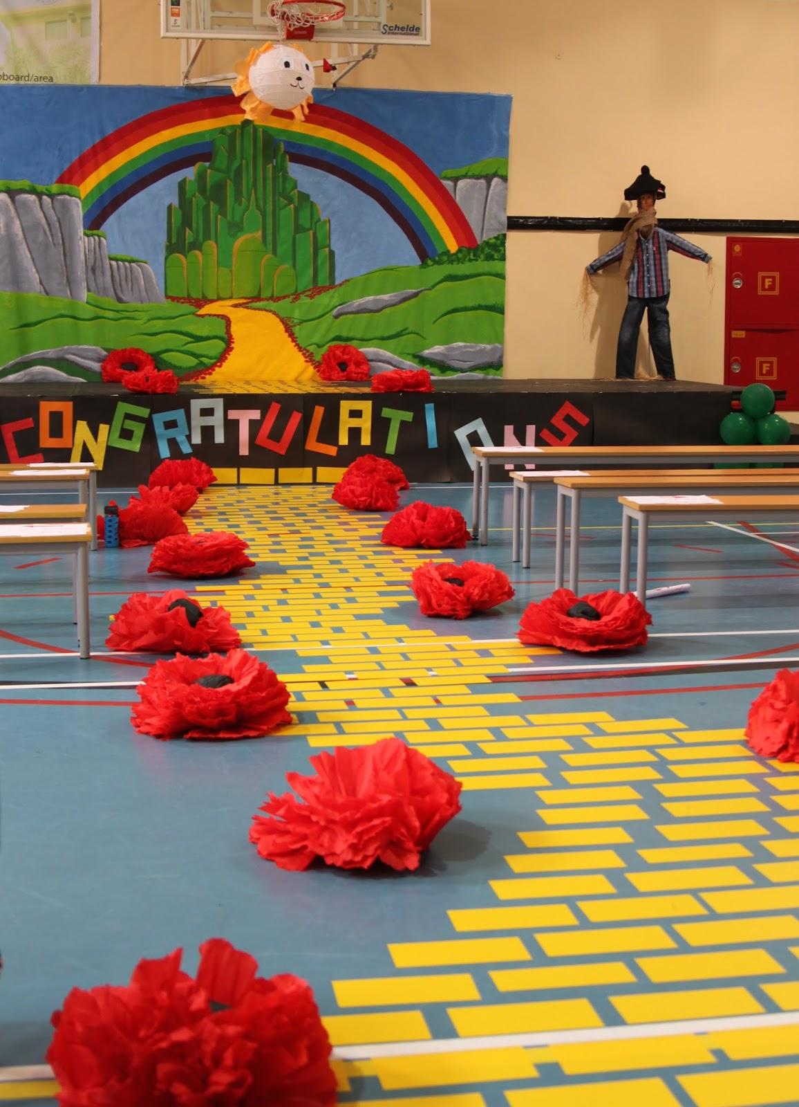 Graduation Theme Ideas: Life In Abu Dhabi: Grade 5 Graduation Time