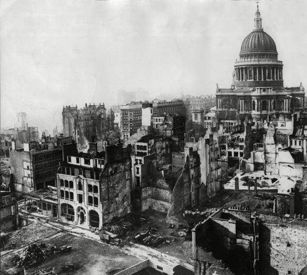 Momentos Del Pasado El Bombardeo De Londres En La Segunda