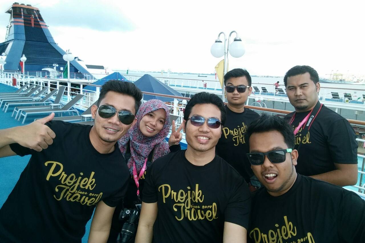 Projek Travel Team